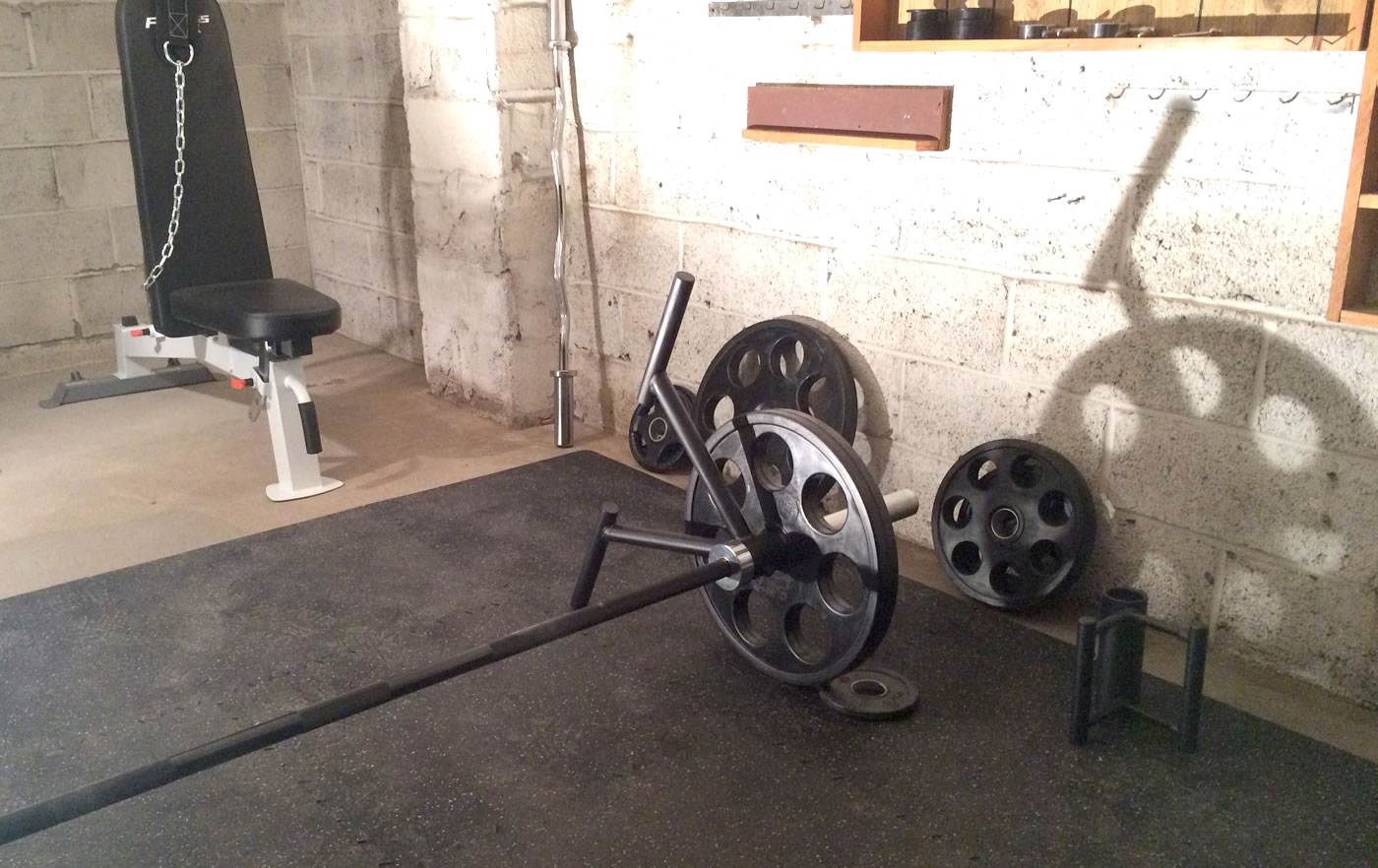 Home gym - CFF landmine hd t-bar handle olympic bar rowing attachment.